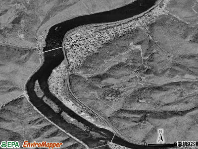 Hinton satellite photo by USGS