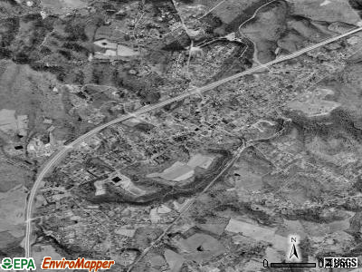 Fayetteville satellite photo by USGS