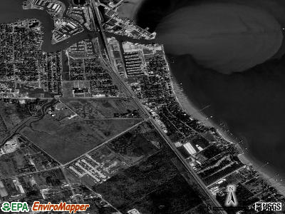 Kemah satellite photo by USGS