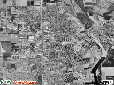 Yuba City satellite photo by USGS