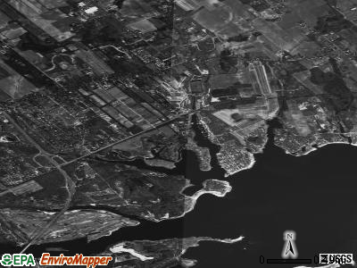 Aquebogue satellite photo by USGS