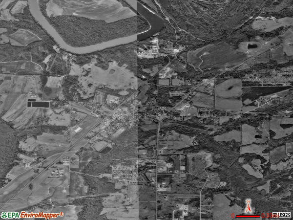 Moundville satellite photo by USGS