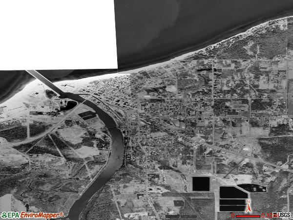 Ontonagon satellite photo by USGS