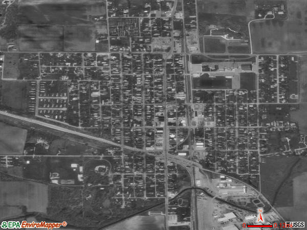 Monon satellite photo by USGS