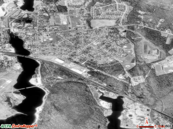 Poquonock Bridge satellite photo by USGS 