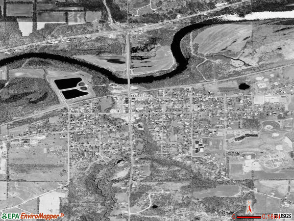Saranac satellite photo by USGS 