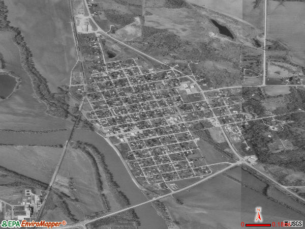 Eddyville satellite photo by USGS 