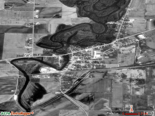 Shiocton satellite photo by USGS 