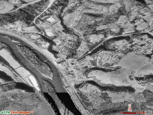 Rich Creek satellite photo by USGS