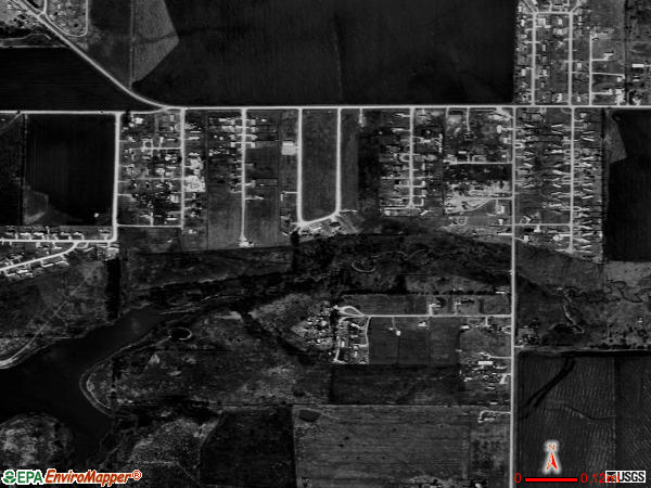 Hackberry satellite photo by USGS 