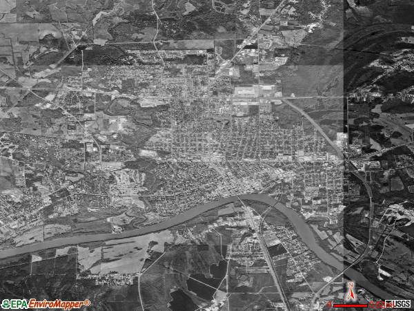Selma satellite photo by USGS