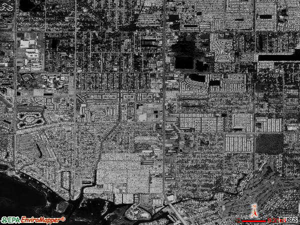Bayshore Gardens satellite photo by USGS