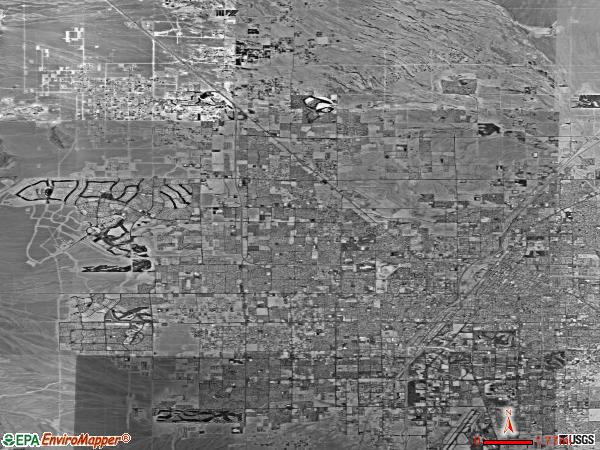 Las Vegas satellite photo by USGS 