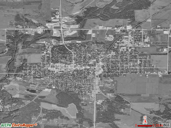 Algona satellite photo by USGS
