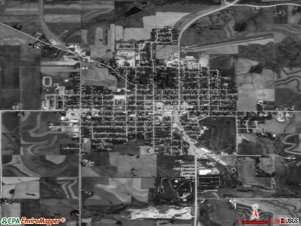 Waukon satellite photo by USGS