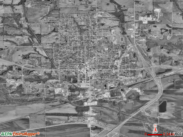 Carrollton satellite photo by USGS