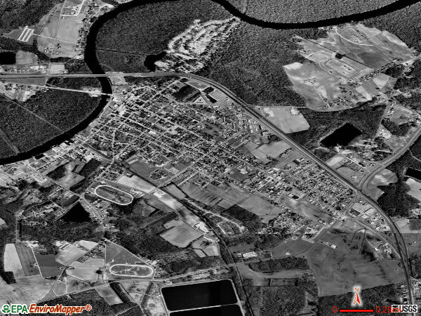Pocomoke City satellite photo by USGS 