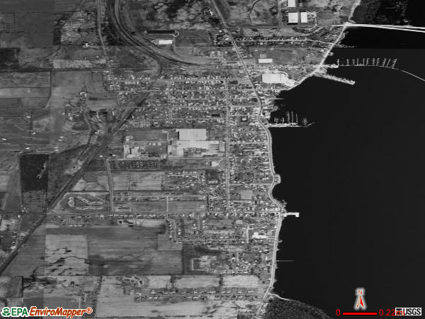Rouses Point satellite photo by USGS