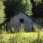 Worn out barn. Somewhere in Harlan County.