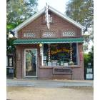 Palm Harbor: Barber Shop in Historic Downtown Palm Harbor
