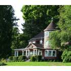 Leadbetter House on Lacamas Lake