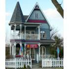 Clarksville: Cup of Sunshine Tea House and Cafe . On the banks of the ohi River in clarksville IN. This house has a realty comapy upstairs and the Widows Walk and Ice cream shop is around back.