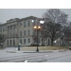 Union: Old Courthouse during light snow 2007