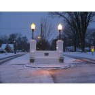 Rich Hill: Winter snow at Park Avenue entrance