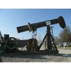 Maricopa: Oil Pumping Unit from WWII, made of wood due to iron shortage