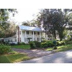 Middleburg: Historic homes within Middleburg