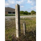 Okeechobee: old post on NW 16th Ave in Basswood