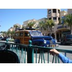 Huntington Beach: Cruisin' on Main Street
