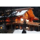 Evergreen: Log Home In Evergreen