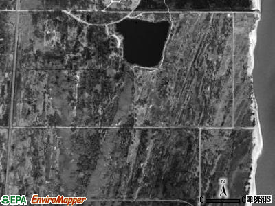Benton township, Illinois satellite photo by USGS