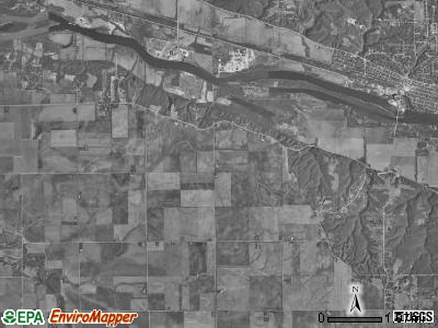 Fall River township, Illinois satellite photo by USGS