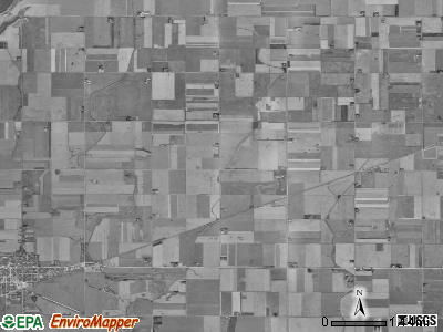 Center township, Iowa satellite photo by USGS