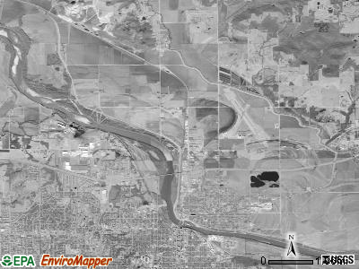 Grant township, Kansas satellite photo by USGS